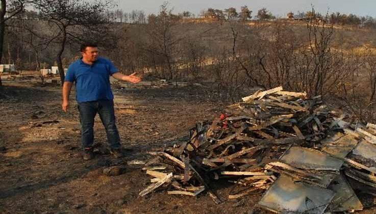 Yangının vurup geçtiği Kalemler Mahallesi'nde 100 arı kovanından, 80'i yandı