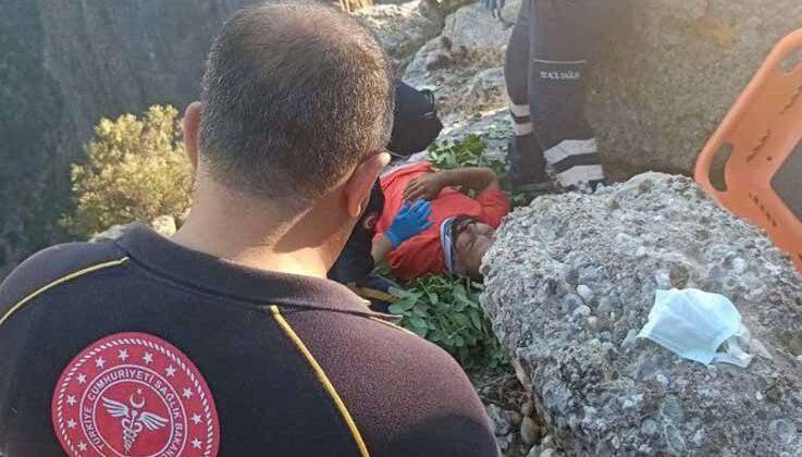 Gelin-damat fotoğrafı çekerken 30 metreden düştü