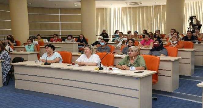 Türkiye'nin dört bir yanındaki kadın kooperatifleri Kepez'de buluşuyor