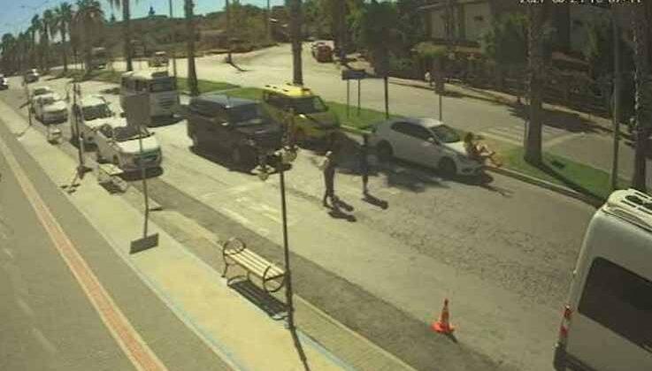 Böyle kaza olmaz dedirten olayda otomobilin çarptığı kızını gören anne bayıldı