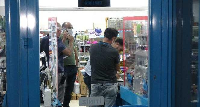 Antalya'da zincir market şubesinde maskeli silahlı soygun