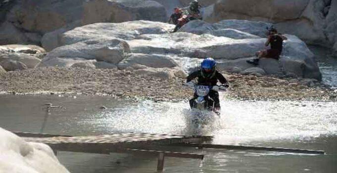 Sea To Sky Enduro Motosiklet Yarışları'nda 35 ülkeden yaklaşık 350 sporcu katılacak.