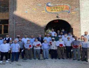 Finike'de emekli din görevlilerine plaket