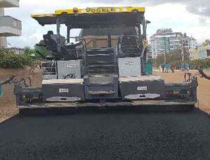 Alanya Belediyesi'nden Konak Caddesi'ne asfalt