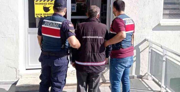Alanya'da 25 yıl kesinleşmiş hapis cezası bulunan kişi, operasyonla yakalandı